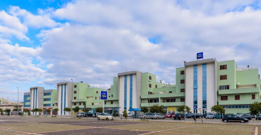 Arca Palace - Locali commerciali